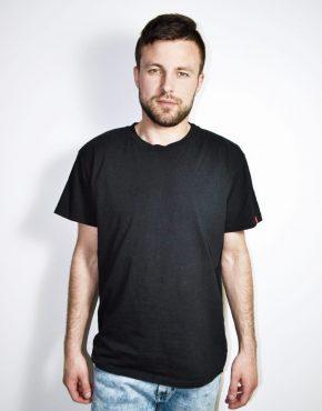 Levi's black t-shirt