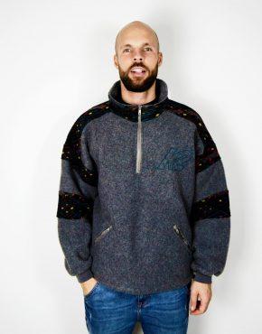 Snowboarding fleece sweatshirt