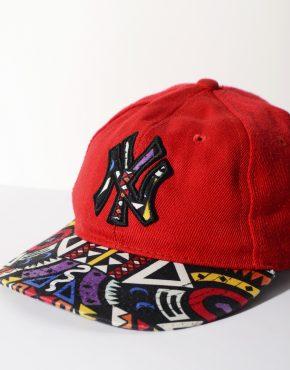 New York Yankees snapback cap red