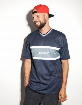 Wrangler blue t-shirt