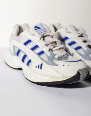 Adidas Old School trainers