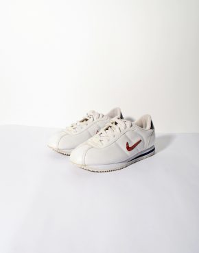 Nike retro womens trainers