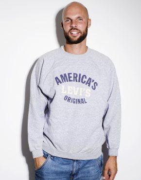 Levis grey sweatshirt Americas