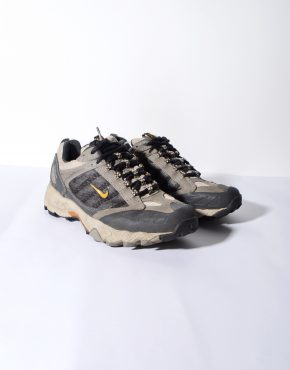 Nike ACG Gore Tex trail shoes