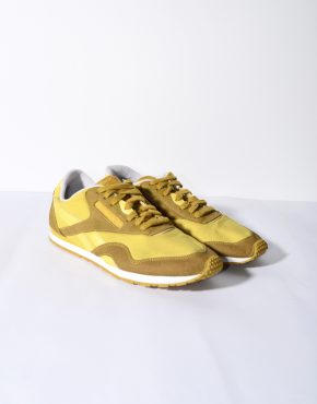 Reebok Old School yellow trainers