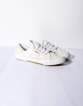 FILA white low trainers