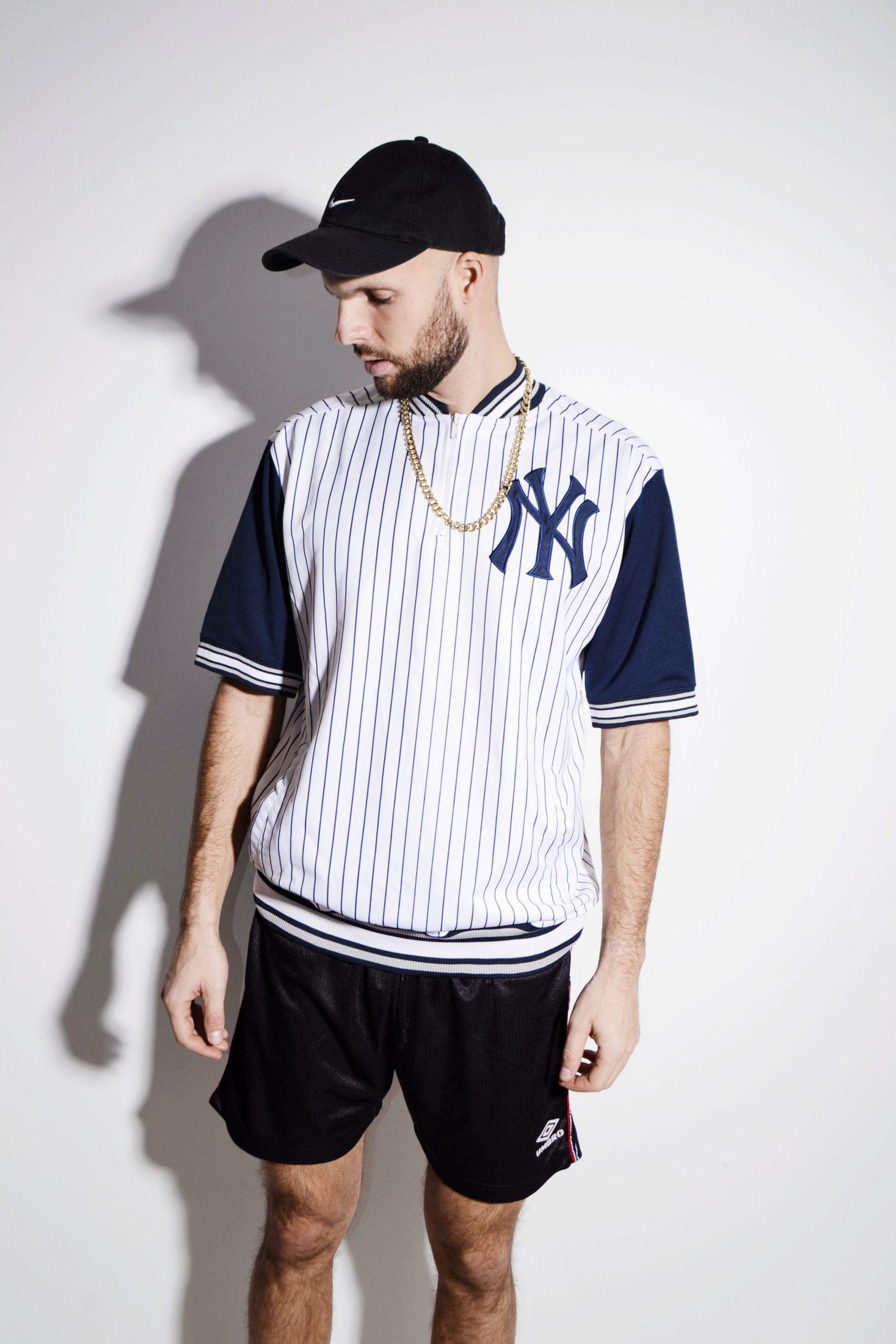 purchase cheap 6325c c5210 New York Yankees jersey mens top stripe