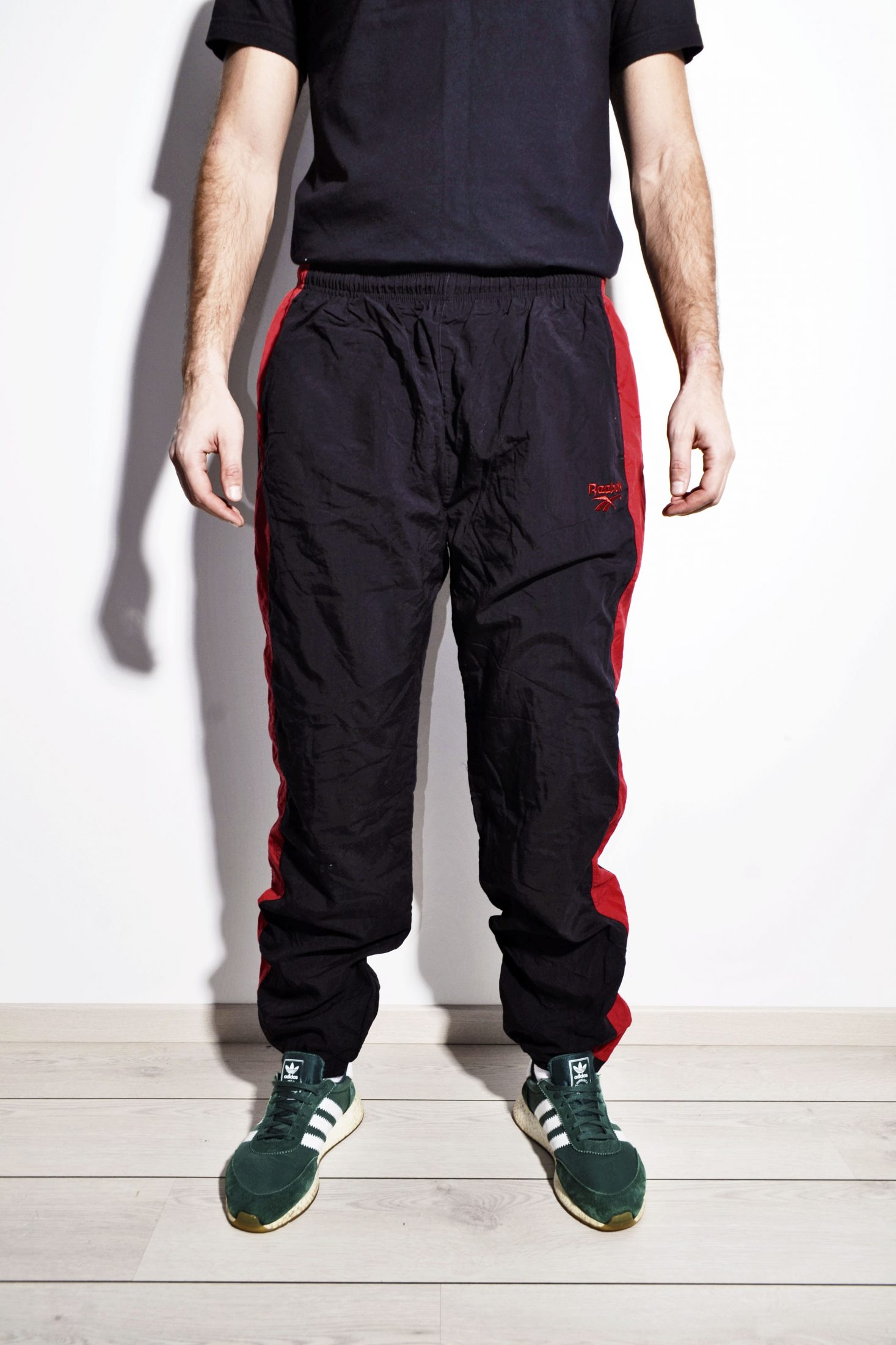 c930374d848c Reebok vintage wind pants orange men   HOT MILK vintage clothing online