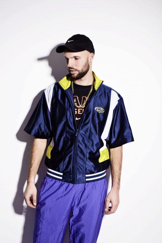 NIKE vintage short sleeve jacket for men