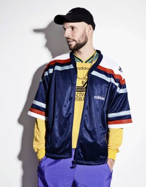 ADIDAS vintage short sleeve jacket for men