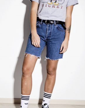 LEVI'S skater mid waist skinny denim shorts in dark blue wash