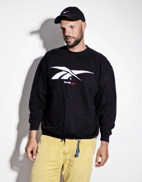 Vintage black Reebok sweatshirt