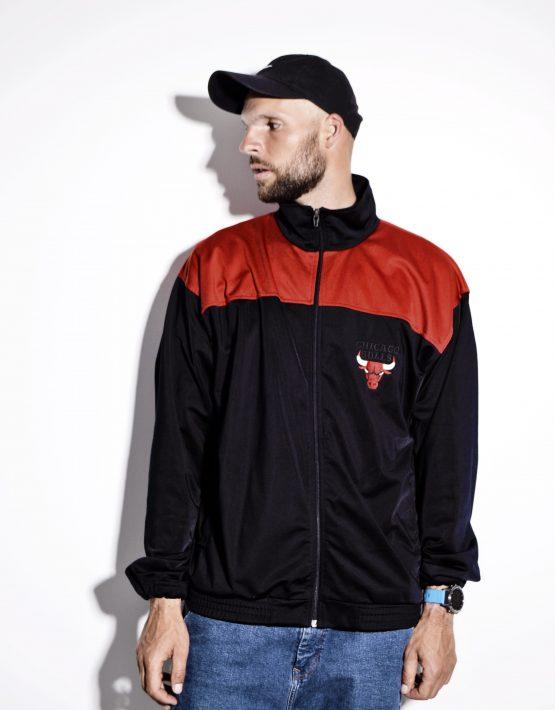 Chicago Bulls vintage men's red black tracksuit top
