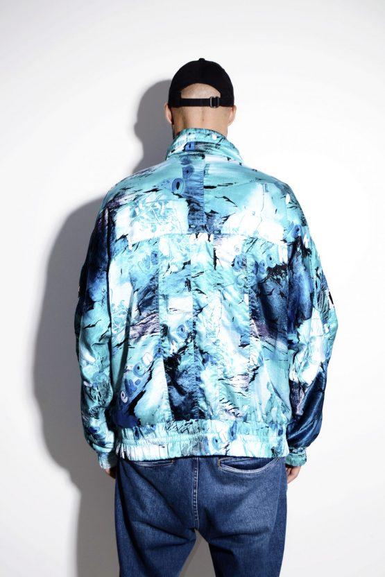 Vintage 80s mens warm shell ski jacket in multi blue color