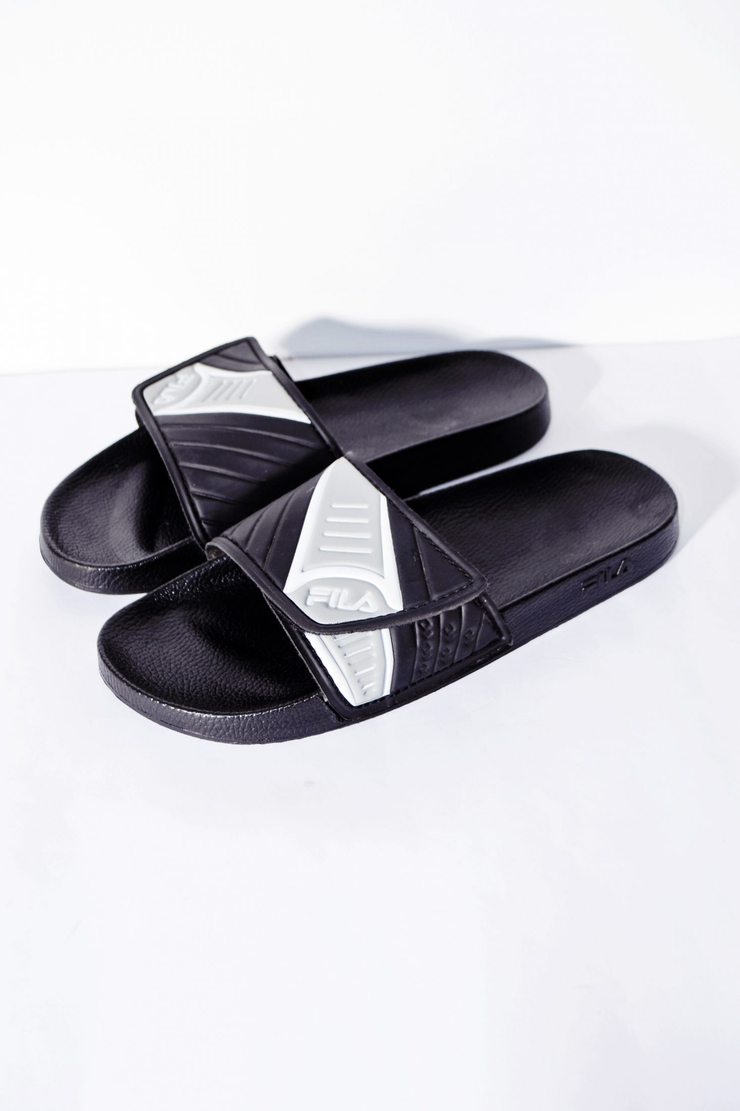 FILA sandals classic slides sliders men's in black and gray color