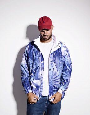 Vintage ski jacket blue color
