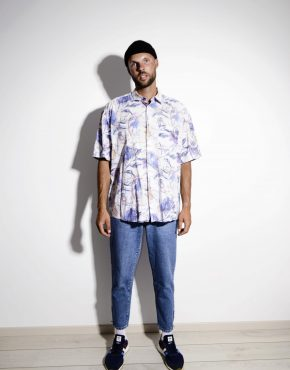 Vintage summer 90s pattern mens light shirt