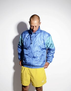 Vintage blue nylon jacket Medium