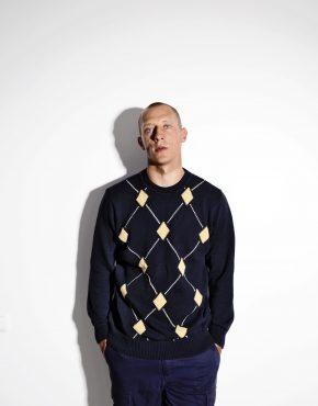 90s retro sweater mens black medium