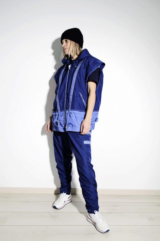 90s blue sports wind suit L