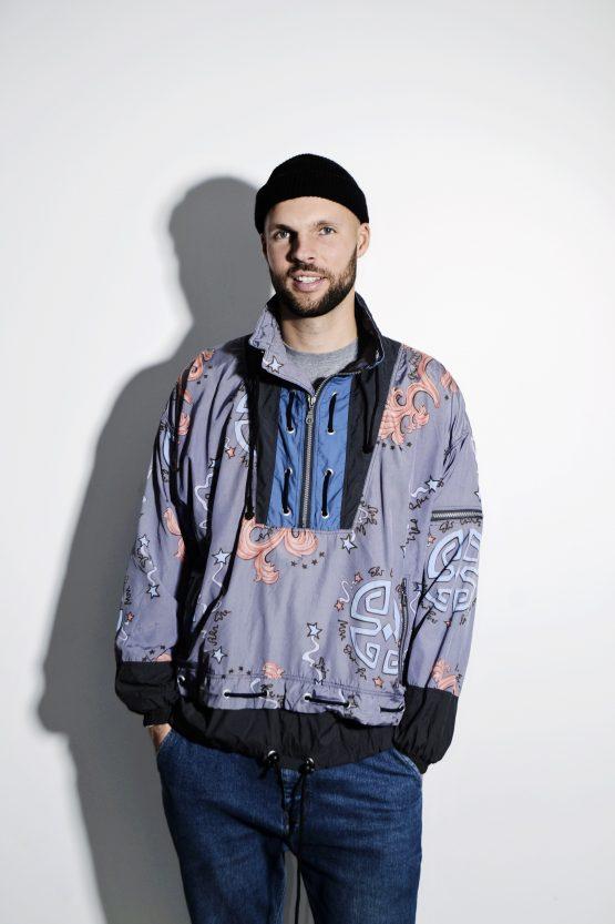 Retro rave shell pullover jumper XL