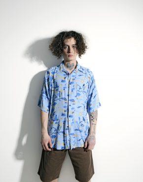 Vintage Hawaiian 90s pattern shirt