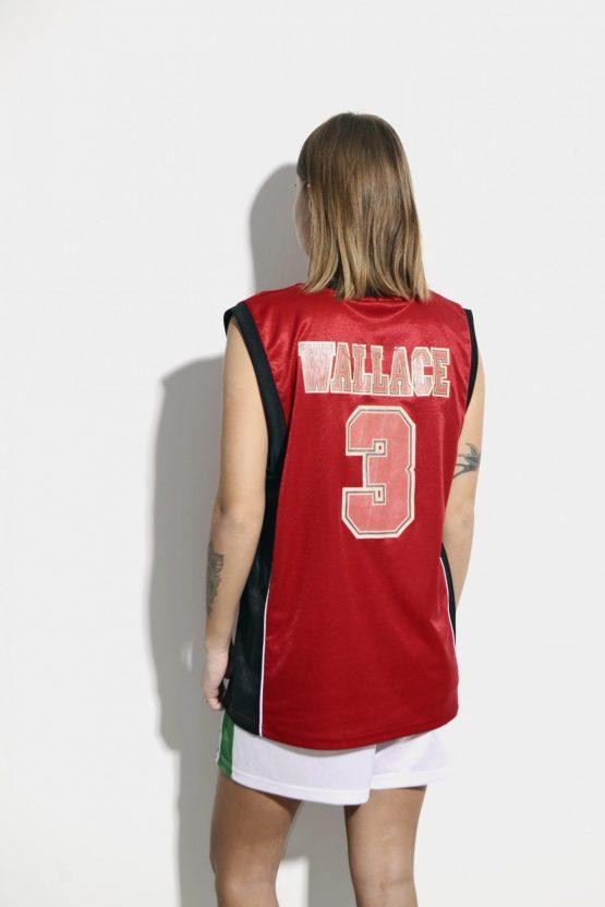 Chicago Bulls red shirt Ben Wallace