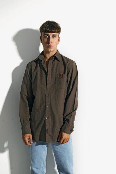Retro brown sleeve shirt