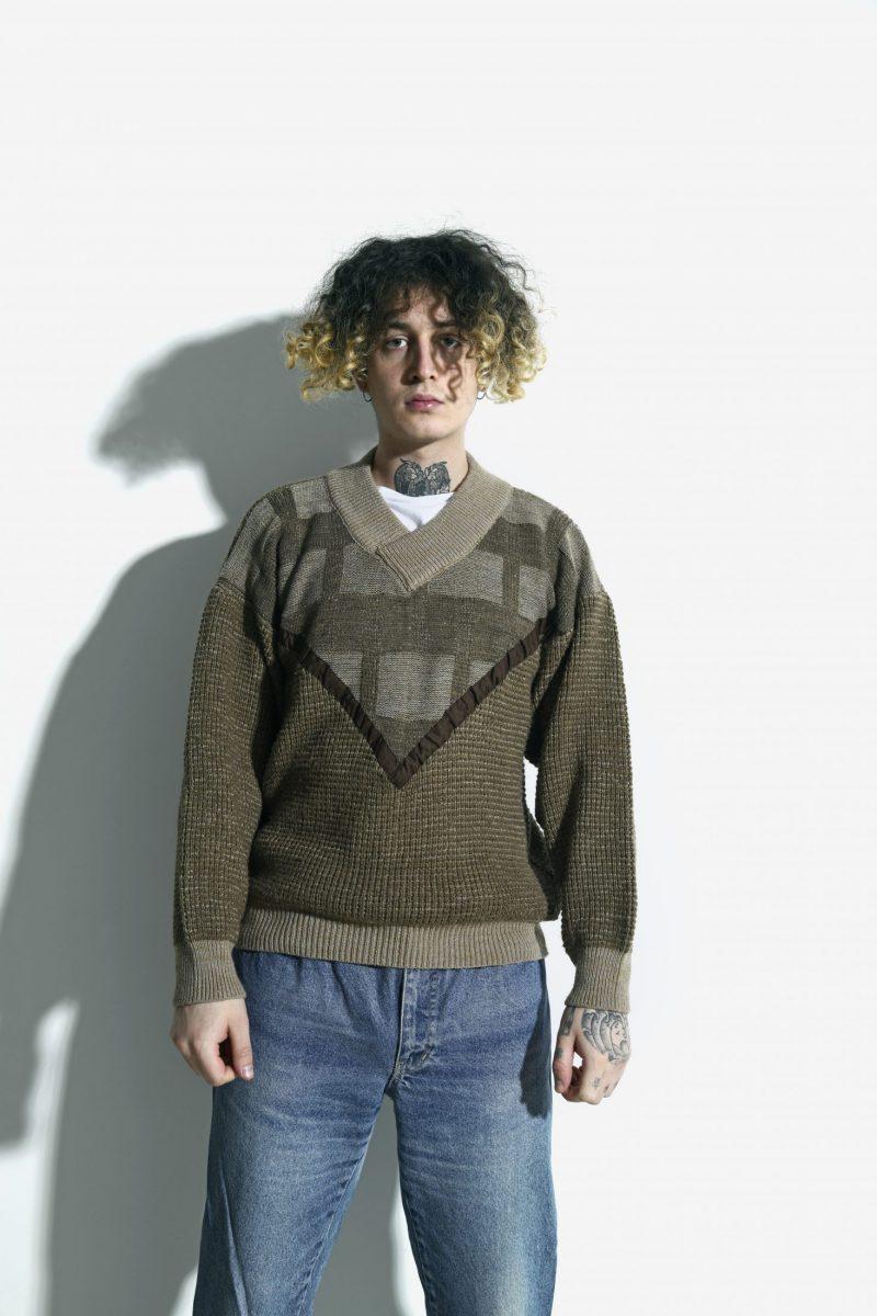 Vintage sweater beige khaki