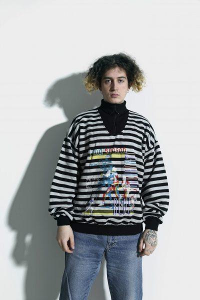 Vintage sweatshirt grey black