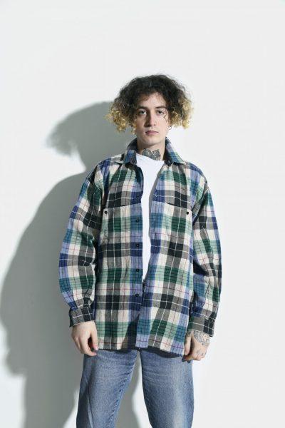 flannel plaid shirt 90s