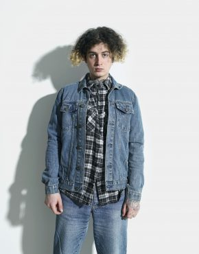 denim jacket vintage
