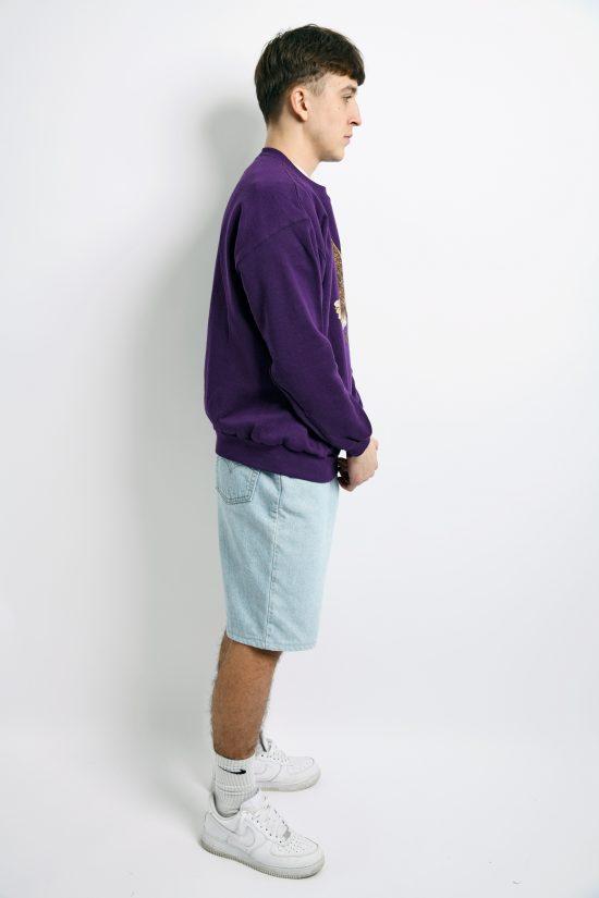 Vintage purple sweatshirt with printed eagle