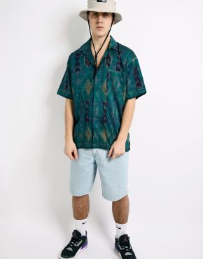 90s patterned green shirt
