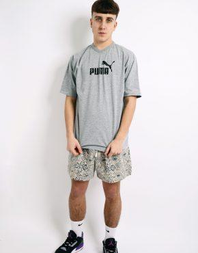 PUMA grey vintage t-shirt